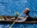 Walindi - canoa+ragazzo  40